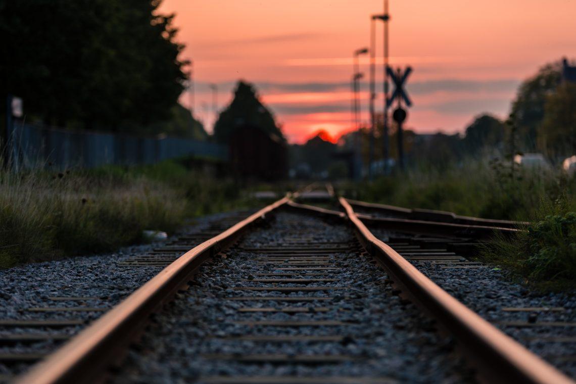 Zug_Schienen
